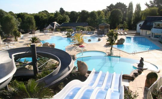 Les 2 Fontaines - Camping-met-Zwemparadijs