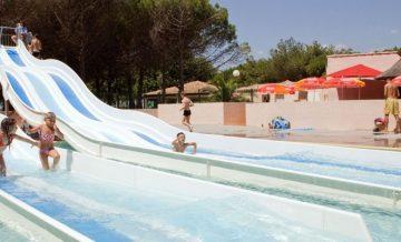 Le Castellas - Camping-met-Zwemparadijs