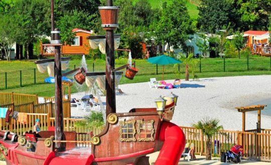 Le Paradis de Bazas - Camping-met-Zwemparadijs