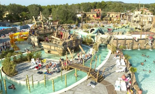 Les Sables d'Or - Camping-met-Zwemparadijs