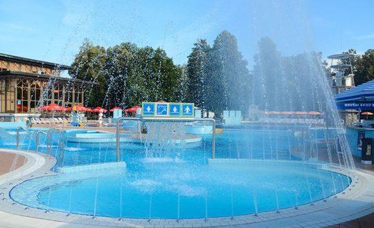 Ljubljana - Camping-met-Zwemparadijs
