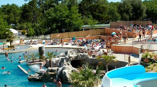 Camping Le Palace - Camping-met-Zwemparadijs