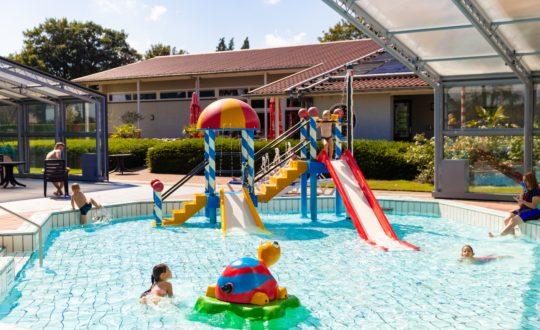 Vakantiepark De Fruithof - Camping-met-Zwemparadijs